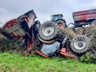 Tractor en aanhangwagen kantelen op terreinen BSV