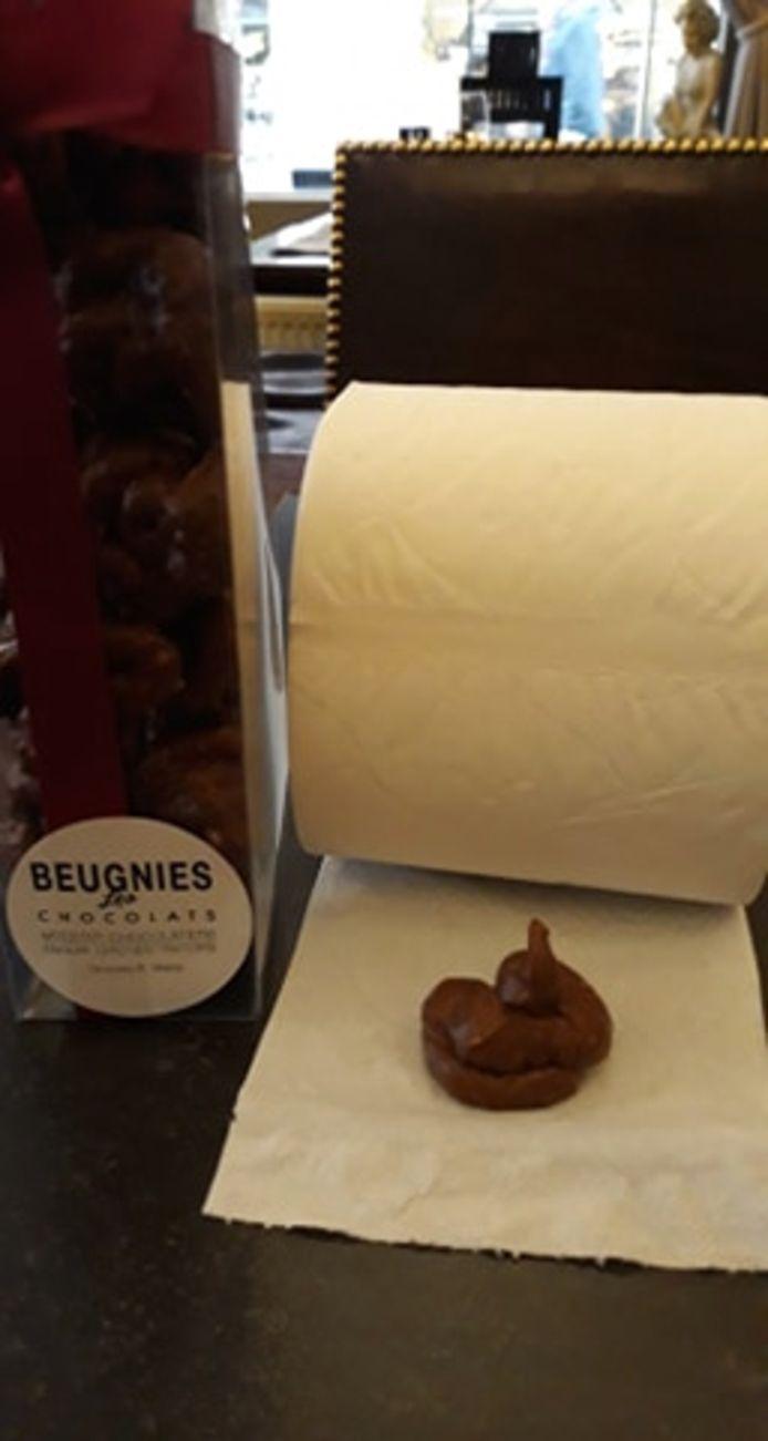 In café St. Georges zijn ze al verlekkerd op de chocolade drolletjes.