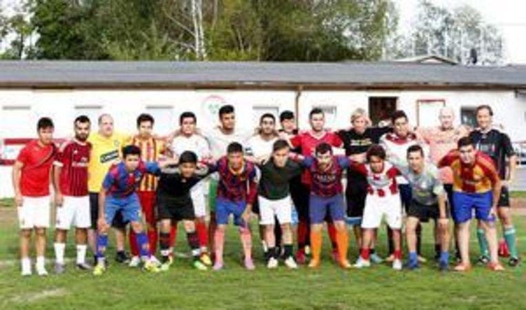 Het 'vluchtelingenteam' ESV Neuaubing Sports United. Beeld REUTERS