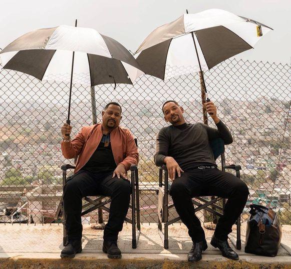 Martin Lawrence en Will Smith kruipen opnieuw in de huid van twee narcotica-agenten.