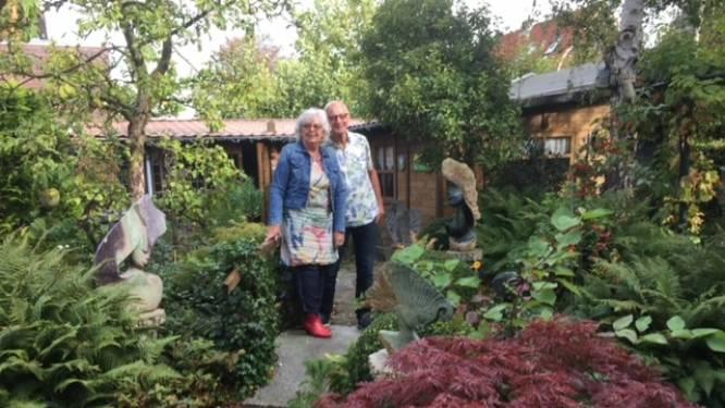 Tuin van Harry en Tiny is een parel in het centrum van het dorp: 'Natuur mag lekker haar gang gaan'