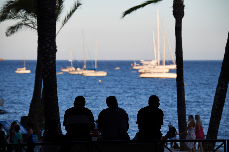 Toeristen op Ibiza. Beeld Getty Images
