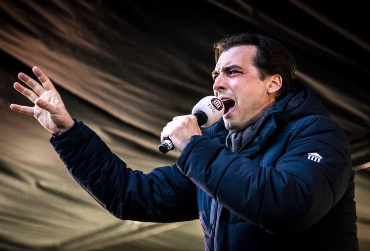 FvD-lijsttrekker Thierry Baudet in het Westerpark tijdens een campagnebijeenkomst op de verkiezingsdag. Beeld ANP