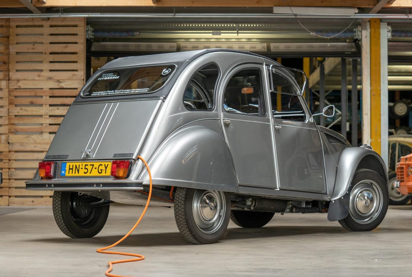 De creatieve 2CVE van Citroën-specialist Sander Aalderink is een voorbeeld van een geëlektrificeerde klassieker