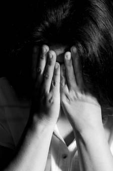 Meisje (15) stapt uit het leven na misbruik: oom moet naar een kliniek