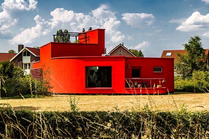 Mag het rode huis een andere kleur krijgen?