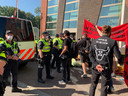 Actievoerders van Animal Rebellion bij het gebouw van de ZLTO in Den Bosch vorige week