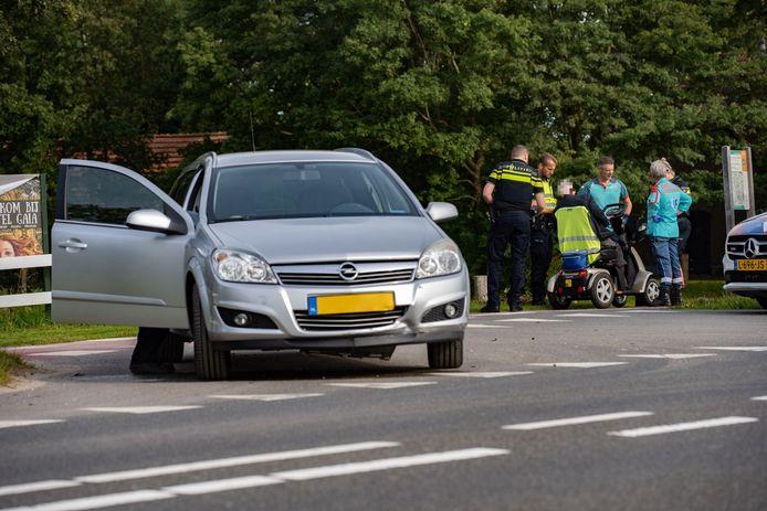 Ongeluk met scootmobiel op IJsseldijk Deventer.