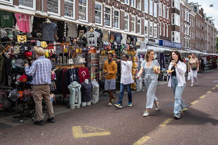 De Albert Cuypmarkt in Amsterdam.