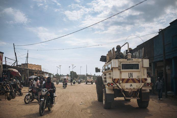 VN-troepen in Congo. De Italiaanse ambassadeur in het land is omgekomen toen het VN-konvooi waarmee hij reisde werd aangevallen.