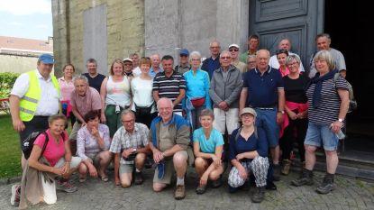 Pasar met 28 stappers op bedevaart naar Halle