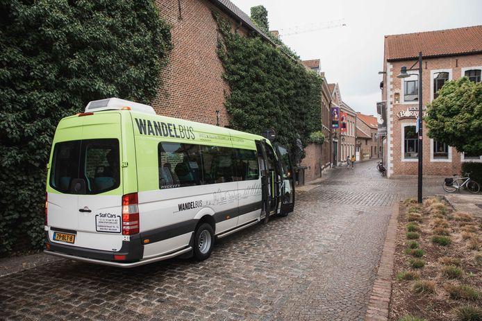 De gloednieuwe Wandelbus van Hasselt.
