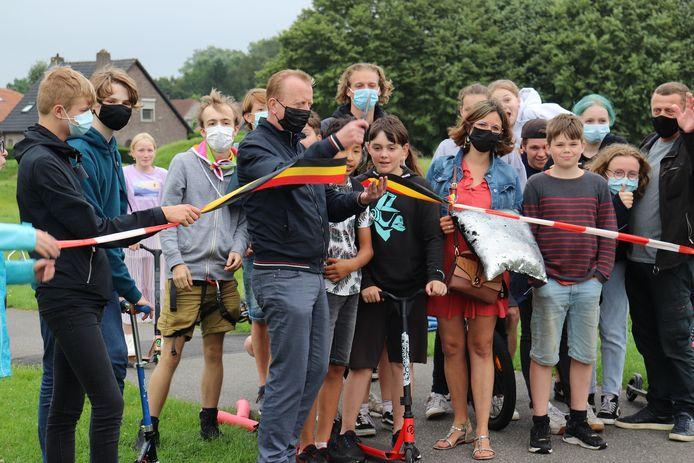DE BMX-liefhebbers kunnen voortaan hun hartje ophalen op een gloednieuw parcours aan het station van Kalmthout.