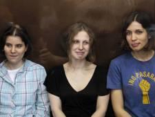 Deux ans d'enfermement pour les Pussy Riot