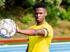 Overgang Yapi van Brighton naar Vitesse rond: Fransman tekent voor drie jaar