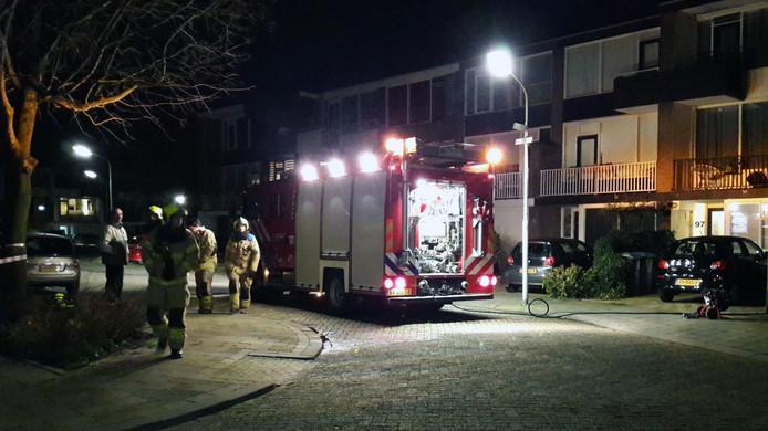 De brandweer werd opgeroepen nadat er in een woning in Gorinchem vuurwerk ontploft was.