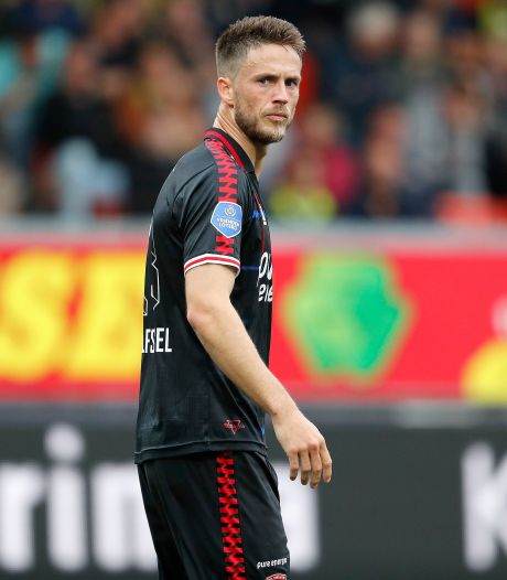 FC Twente-spits Van Wolfswinkel: 'Als we zo spelen, is elke tegenstander beter'