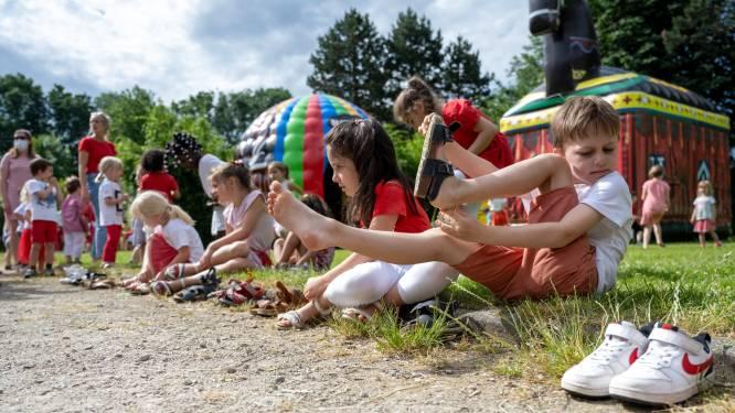 Kleuters Oscar Romerocollege genieten van buitenspeeltweedaagse