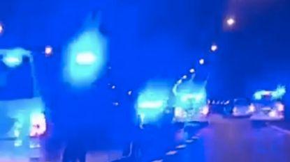 Chauffeur crasht in buurt Sportpaleis na achtervolging door meer dan twintig combi's op E19