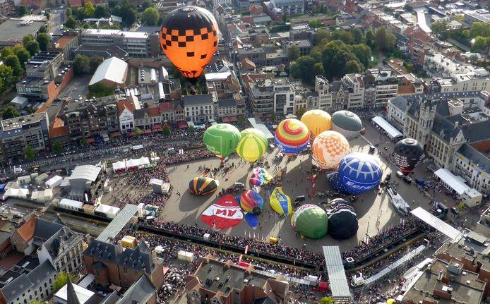 De Vredefeesten vinden begin september wel plaats, maar zonder luchtballonnen op de Grote Markt.