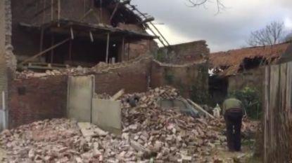 VIDEO: Oude boerderij deels ingestort door storm