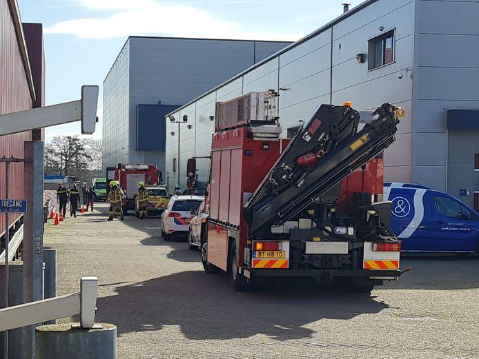 De hulpdiensten zijn massaal uitgerukt naar de silo in Barneveld.