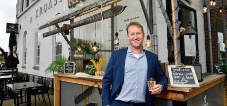 Amersfoorter Kees Verhoeven zat elf jaar in de Tweede Kamer, nu is hij bezig met eigen bedrijf en een boek