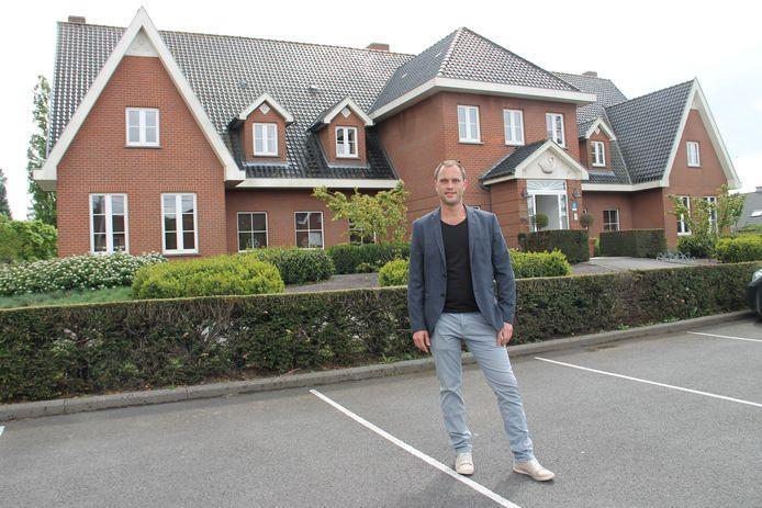 Tom Verhaeghe is de nieuwe uitbater en chef-kok van hotel-restaurant Swaenenburg in Oostrozebeke.