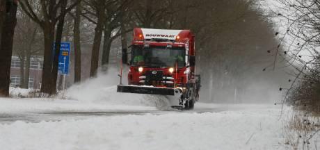 In het spoor van de helden die de wegen sneeuwvrij maken: 'We zijn er nog lang niet vanaf, van die sneeuw'