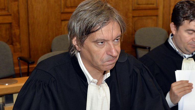 Advocaat Walter Van Steenbrugge verdedigt de belangen van KMSK Deinze.
