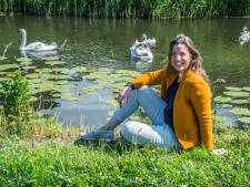 Kunstenares Adriënne wil Reinier de Graaf eren: 'Compassiebeer' met duizenden plantjes