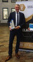 Albert ten Brinke met de Cobouw Award.
