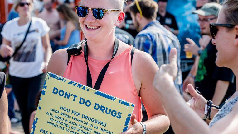 Drugs zijn uit den boze op de wei van Pukkelpop, wil deze festivalganger meegeven. Beeld BELGA