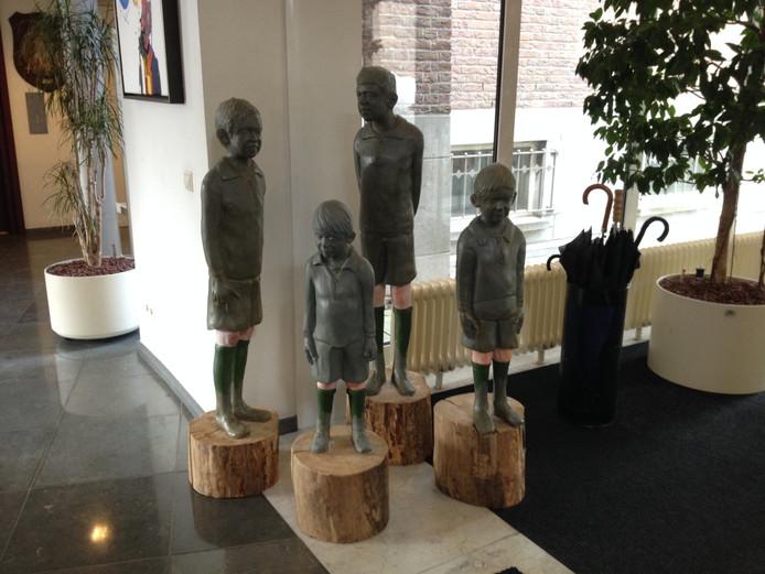 Een van de kunstwerken in het gemeentehuis van Schijndel.