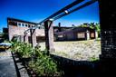 Plannen om voormalig en deels afgebrand Hotel Radio Kootwijk te renoveren en heropenen konden de prullenbak in door een uitspraak van de Raad van State. Maar SWMA ruikt nu weer onraad.