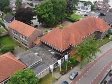 Deel dak Hardenbergs 'Startershuis' lekt na zware buien; snel onderhoud op komst