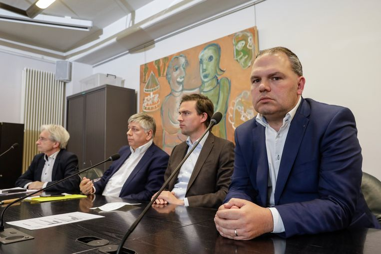 Burgemeester Joeri De Maertelaere reageert fel op de kritiek dat er een doofpotoperatie aan de gang zou zijn.