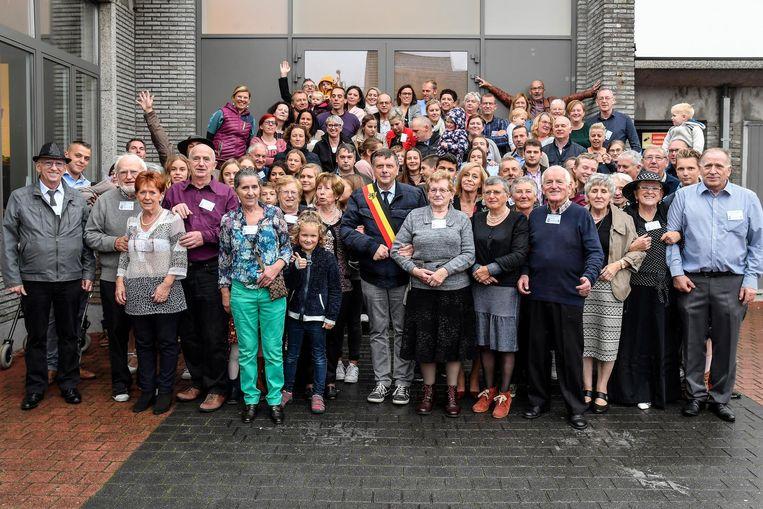 De leden van de familie Lambrecht in het Ontmoetingscentrum in Wieze.