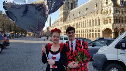 Ieper deelt 1.000 rozen uit op Valentijn