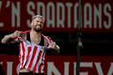 Het shirt van Lars Veldwijk, uitblinker bij Sparta, moet het ontgelden na een gemiste kans.