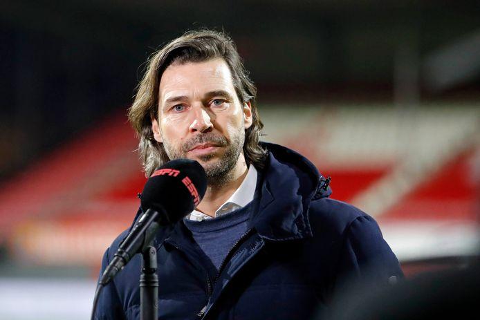John de Jong lichtte eind januari in Emmen de plannen van PSV in de winter toe.