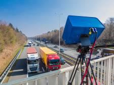 Slimme camera ziet of je appt of belt in de auto