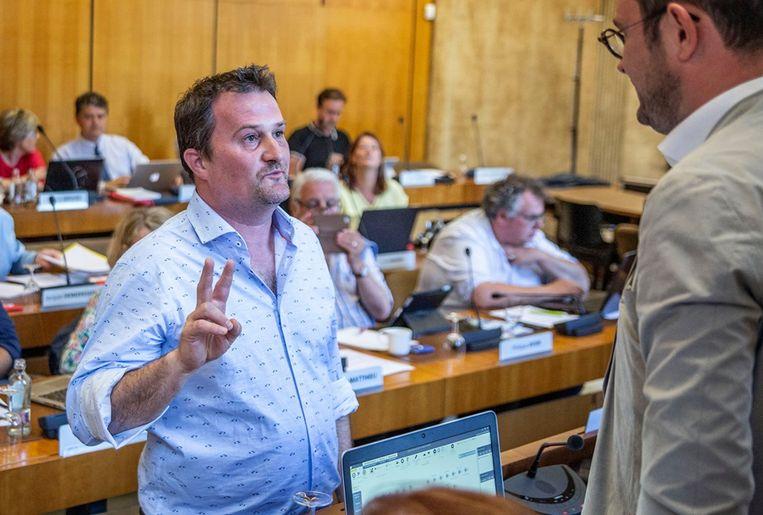 Dieter D'Alwein legde de eed in handen van burgemeester Vincent Van Quickenborne af