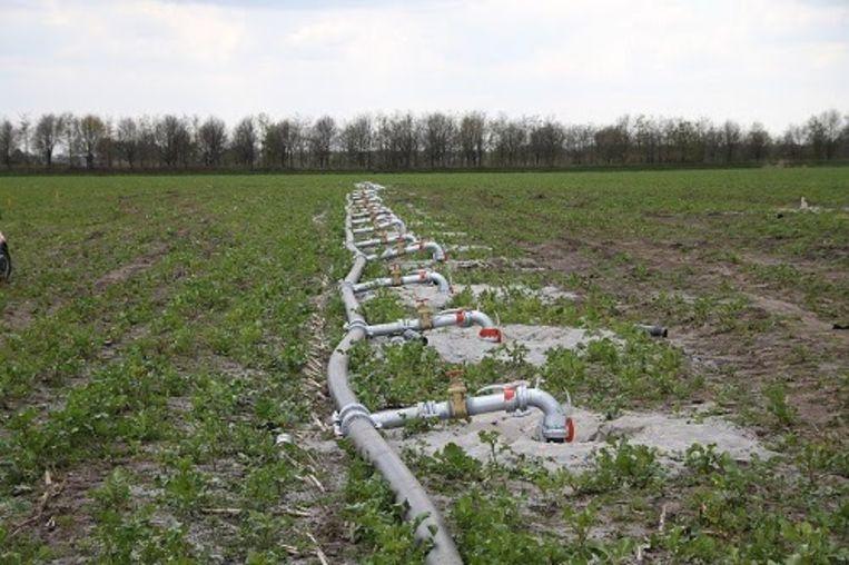 Het opgepompt grondwater moet na gebruik opnieuw in de grond worden gebracht