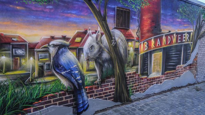 Onder meer dit werk op de Veemarkt in Kortrijk is ook van de hand van David Duits.
