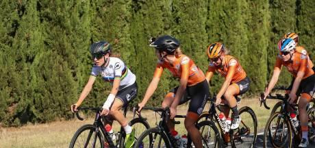 Van Vleuten definitief van start in wegrace WK wielrennen: 'Geen risico's, ook niet als ik val'