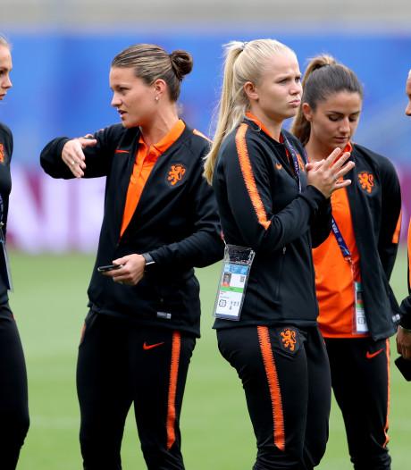 LIVE | Nederland en Japan begonnen aan warming-up voor achtste finale