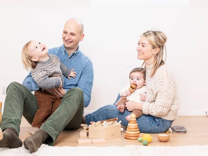 """Zo pakken Birgit (33) en Tim (40) de opvoeding van hun jonge zoontjes aan: """"We houden niet van voorgekauwde opvoedmodellen, maar doen wat voor ons goed aanvoelt"""""""
