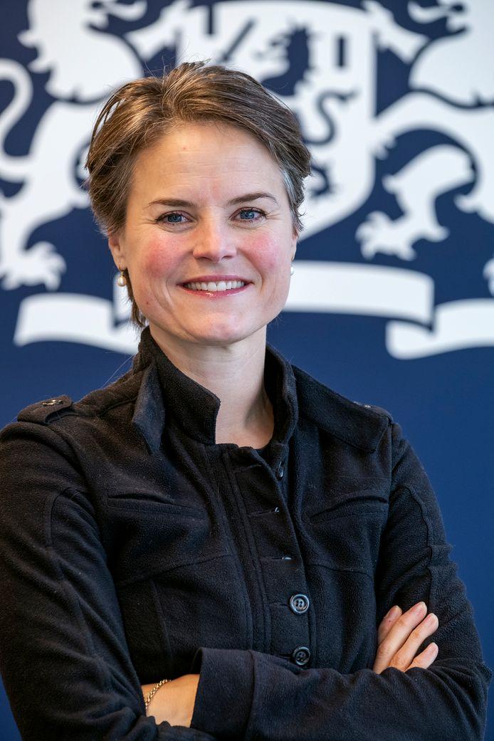 Barbara Butzelaar (45) is fiscalist bij de Belastingdienst