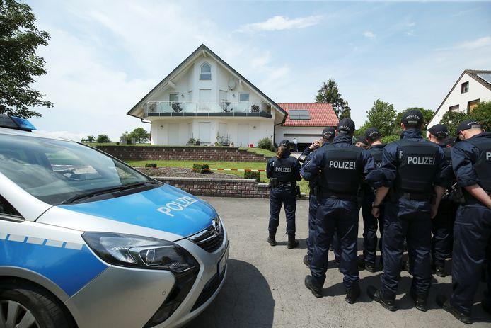 Politie doet onderzoek bij de woning van Walter Lübcke